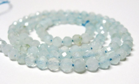 4 mm Aquamarin Perlen  Edelstein Strang facettiert